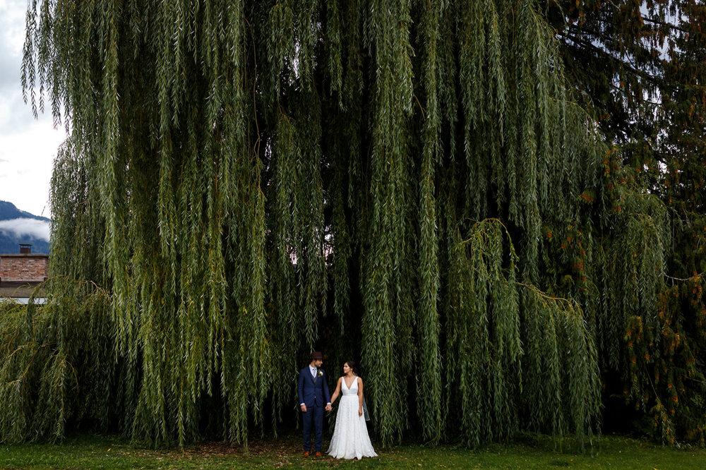 107-revelstoke-wedding-photographer.jpg