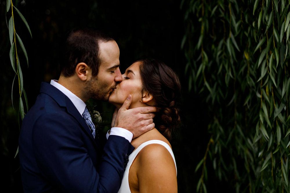 110-revelstoke-wedding-photographer.jpg