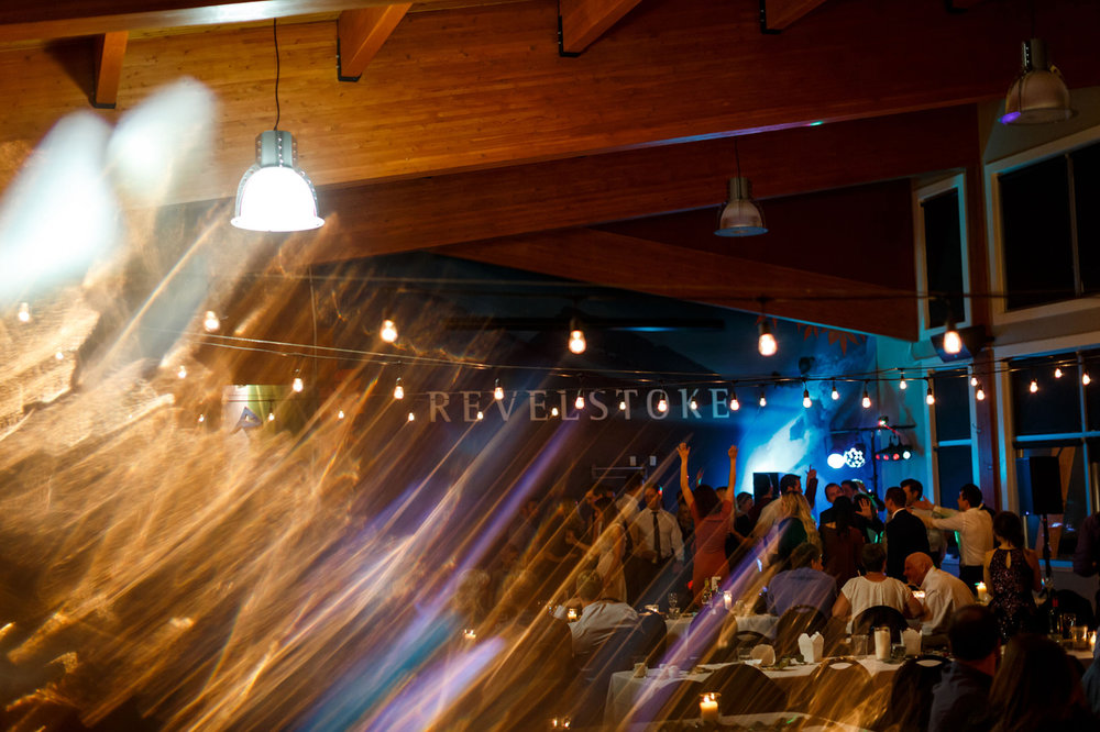 149-revelstoke-wedding-photographer.jpg