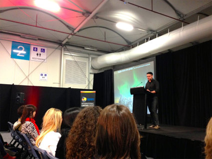 "Presenter at the Sydney Pecha Kucha talk: ""The art of concise presentations"". Sparc 2015. Vivid Lighting Festival."