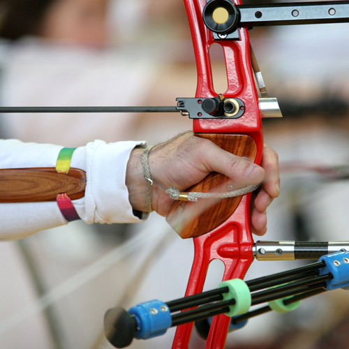 ARCHERY - Wrist control for a better aim.