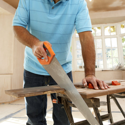 DIY - Sawing, screwing, hammering, drilling - virtually every DIY activity becomes easier with a strong grip.