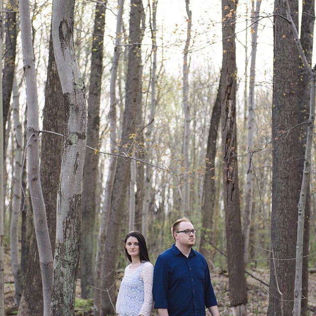 Morning editing // dreaming woods and sunshine 🍃☀️🌿    #engagement #engagementphotos #pittsburgh #pittsburghwedding #woods #sunshine
