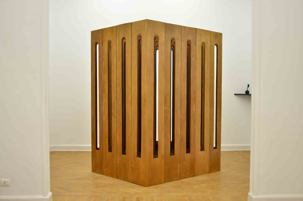 Mona Marzouk, Untitled, 1996, polished plywood, 245 x 140 x 240 cm.