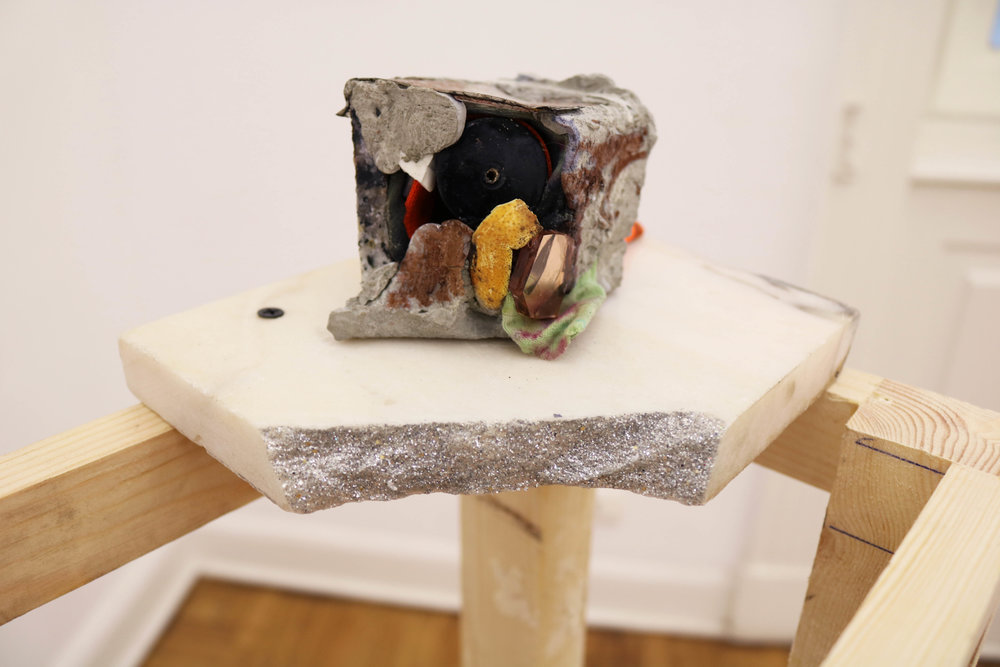 Paperweight #8, detail, 2016, variable materials, variable dimensions, concrete cube, 6 x 6 x 6 cm, pedestal structure, 20 x 30 x 105 cm.