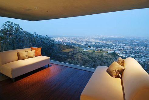 contemporary-la-property-8.jpg