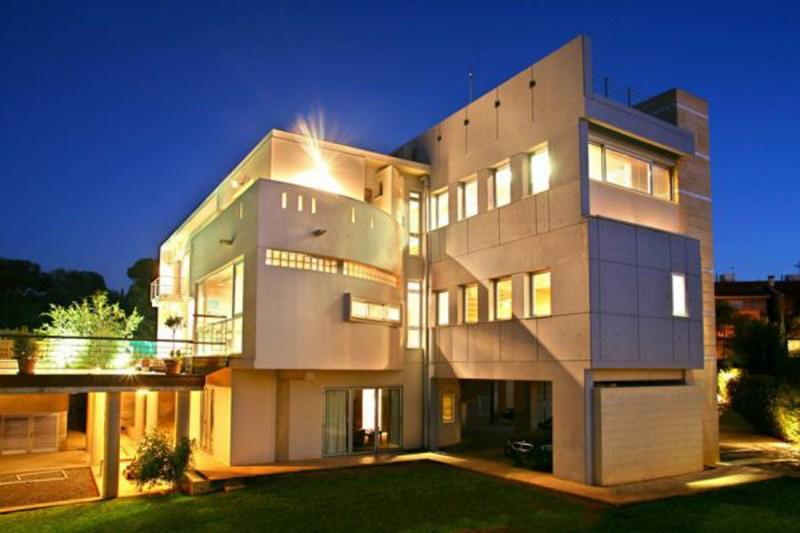 Luxurious-Family-Residence-in-Nicosia-800x533.jpg