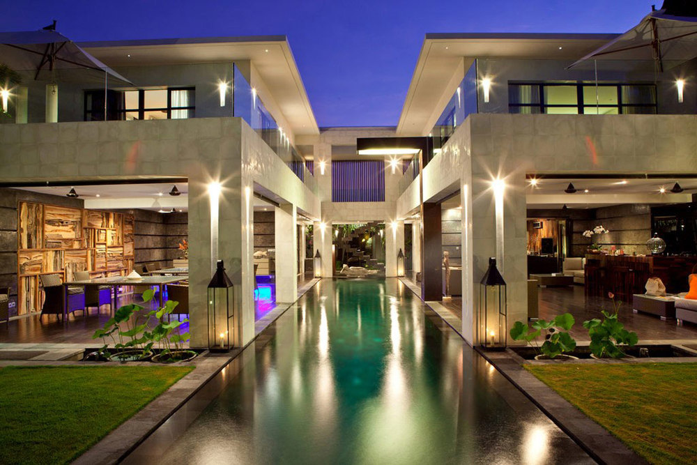 Luxurious-Home-Completed-With-White-Lighting.jpg