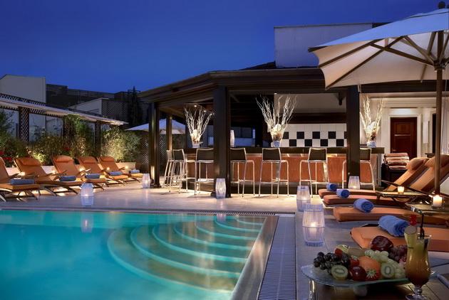 luxury-homes-in-los-angeles-8.jpg