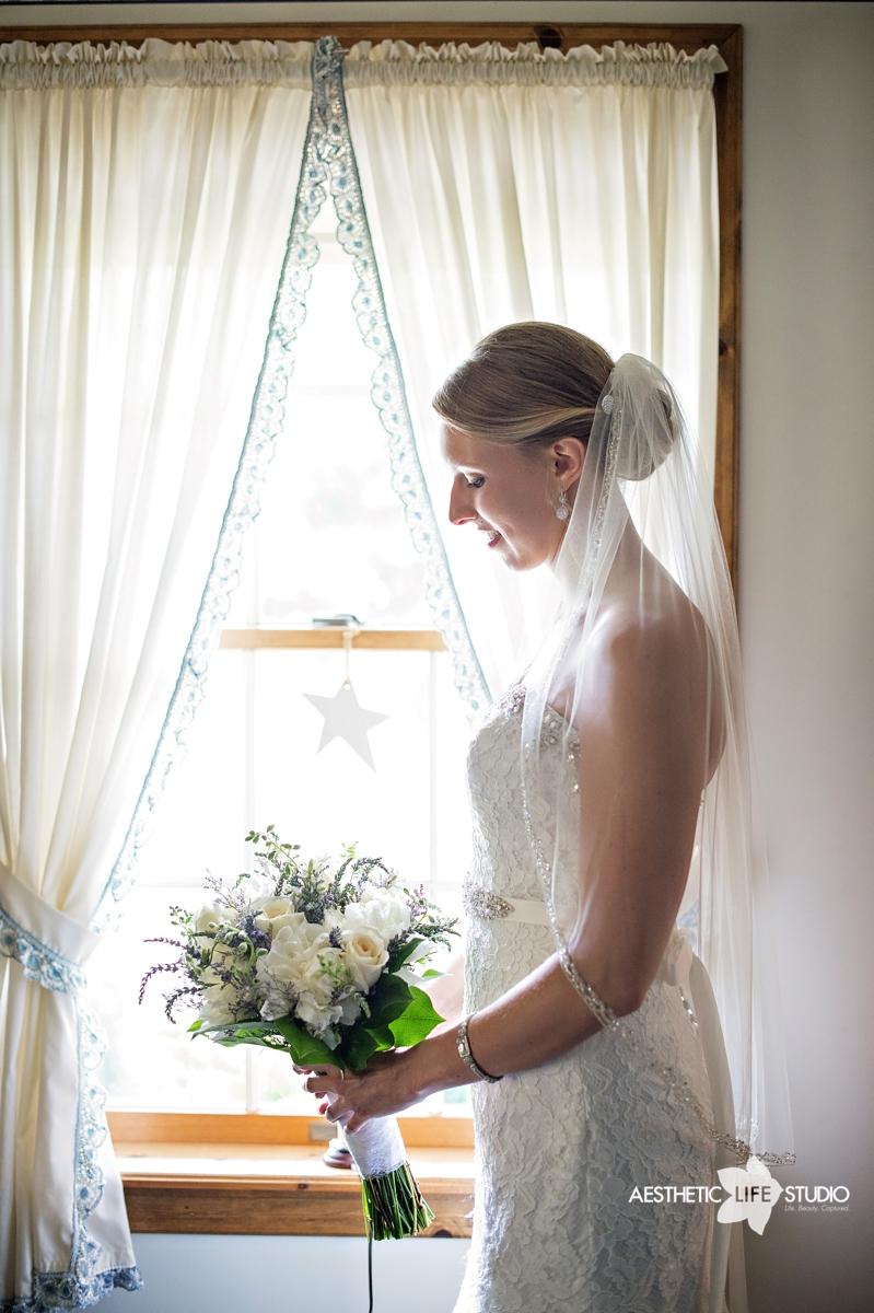 rustic_barn_wedding_019.jpg