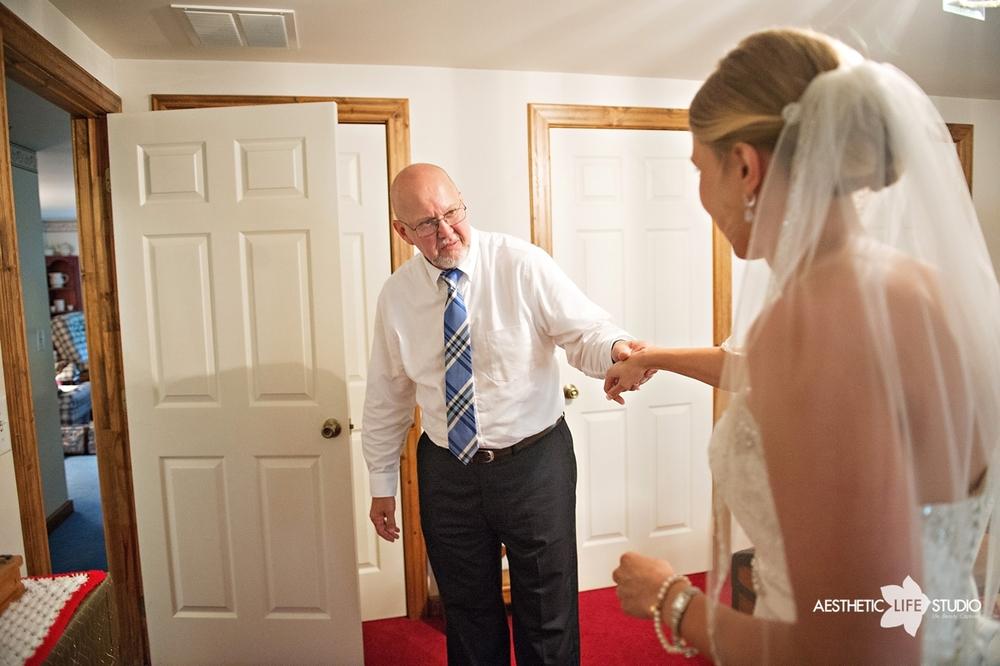rustic_barn_wedding_035.jpg
