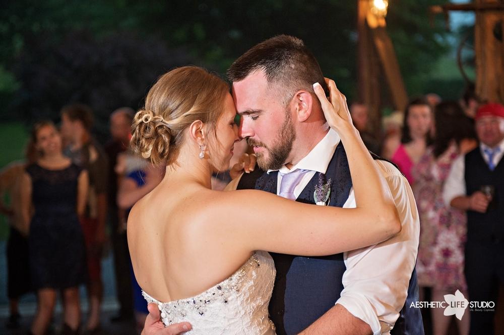 rustic_barn_wedding_092.jpg