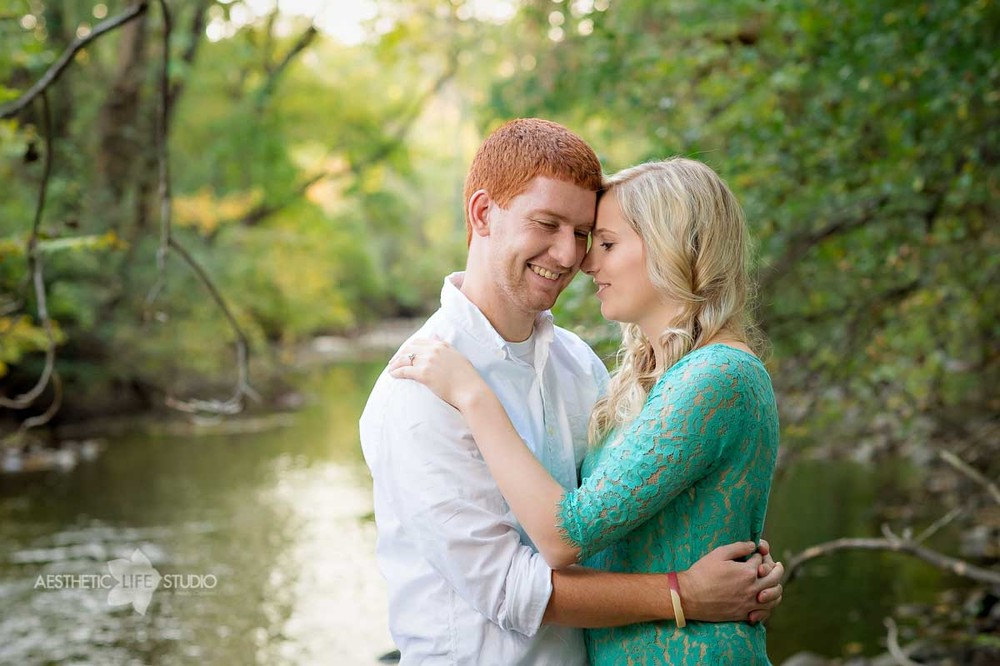 renfrew park waynesboro pa engagement session-3.jpg