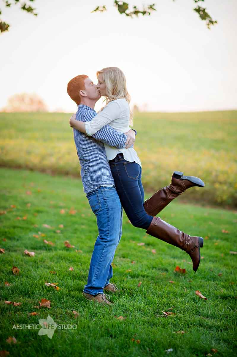 renfrew park waynesboro pa engagement session-15.jpg