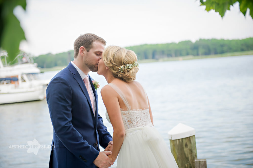 Silver Swan Bayside Stevensville md wedding -27.jpg
