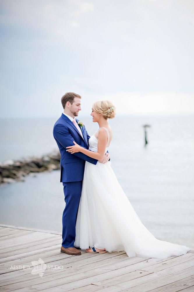 Silver Swan Bayside Stevensville md wedding -28.jpg