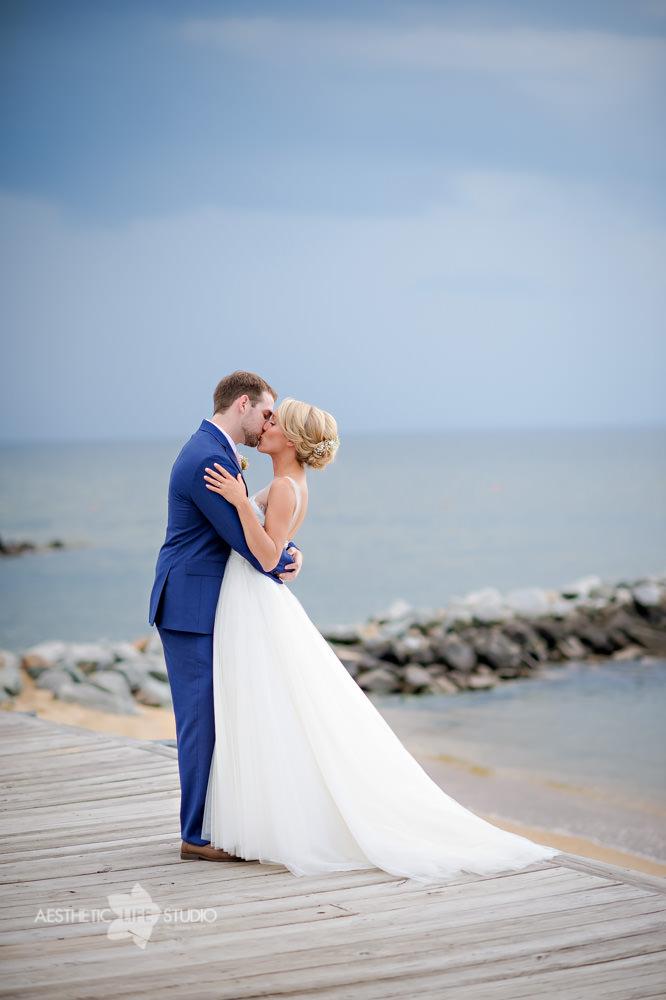 Silver Swan Bayside Stevensville md wedding -32.jpg