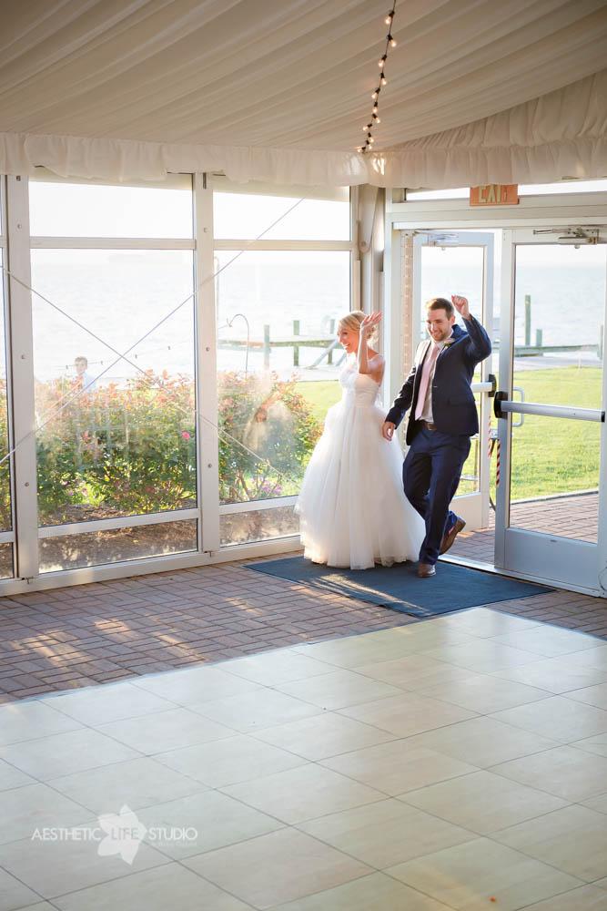 Silver Swan Bayside Stevensville md wedding -80.jpg