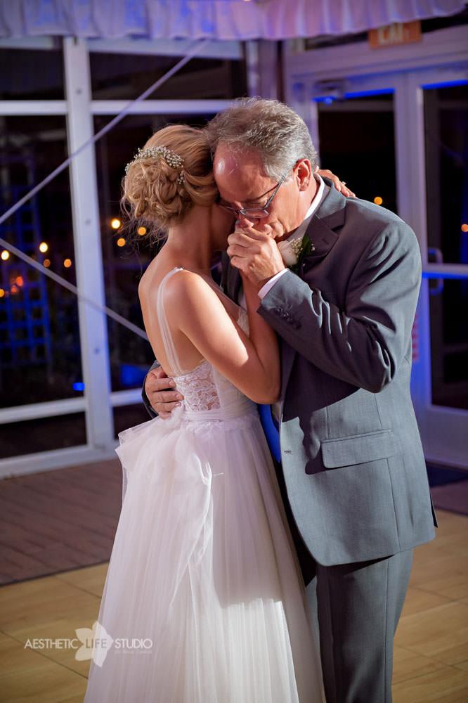 Silver Swan Bayside Stevensville md wedding -116.jpg
