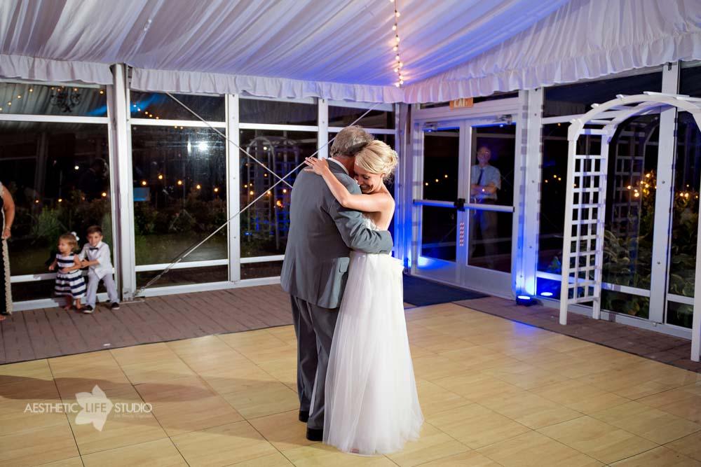 Silver Swan Bayside Stevensville md wedding -117.jpg