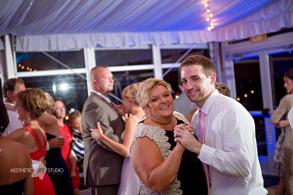 Silver Swan Bayside Stevensville md wedding -121.jpg