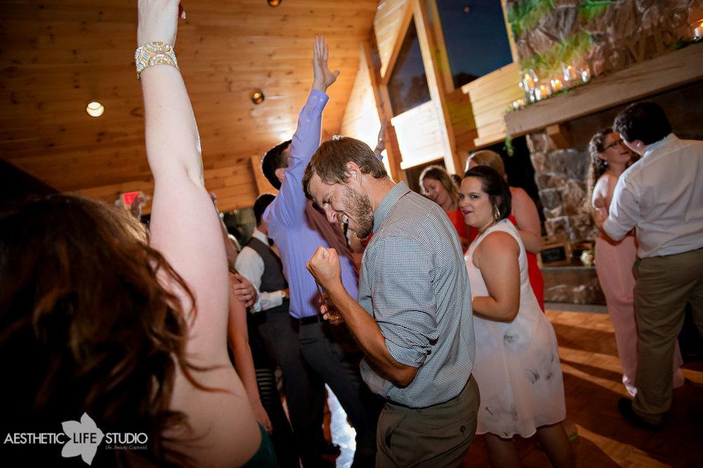liberty mountain resort boulder ridge lodge wedding -134.jpg
