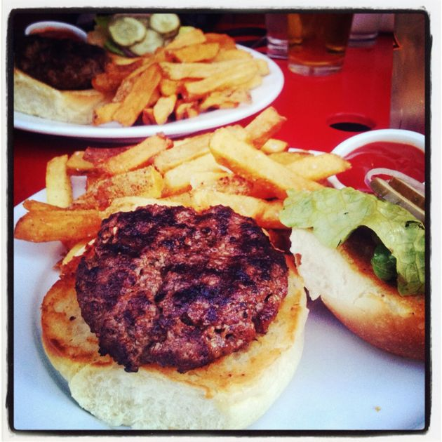 thistle-hill-burger