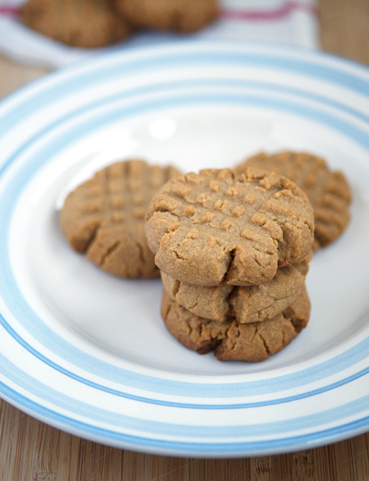 tollhouse-peanut-butter-cookies