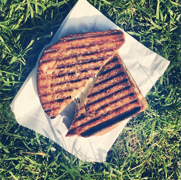 milk-truck-grilled-cheese-3