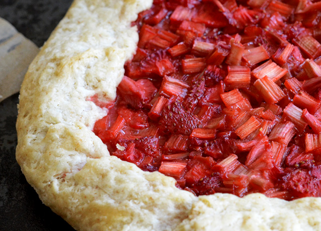 strawberry-rhubarb-galette-5