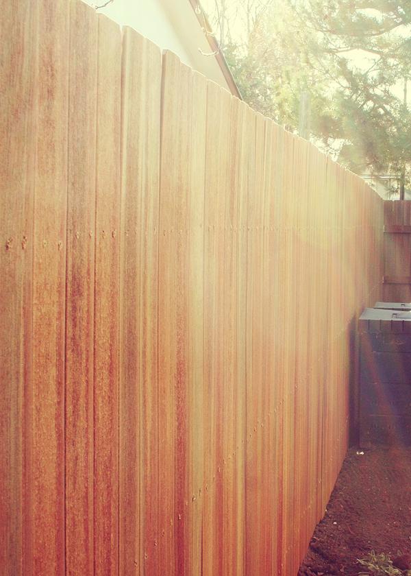 Mott's Landscaping-Composite Fence 2.jpg