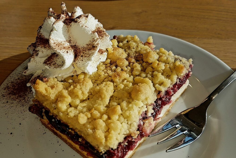 cherry-dessert-crumb_cake.jpg
