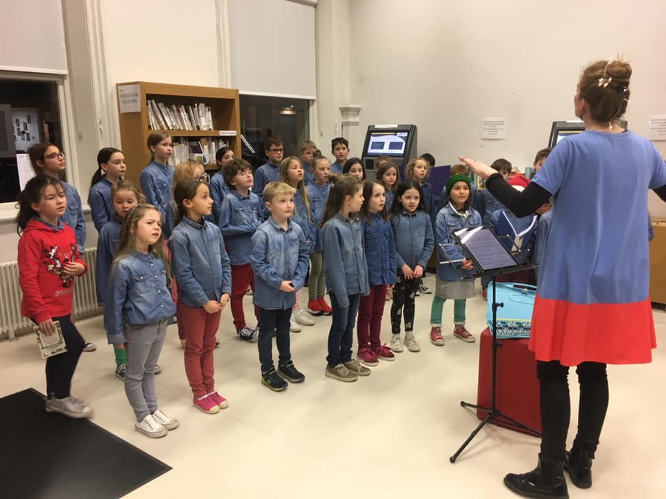 TheSuperTones Choir.jpg