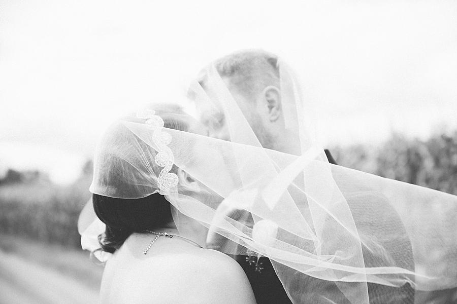 Michigan_Wedding_Photographer_Ann_Arbor_Arboretum_0052.jpg