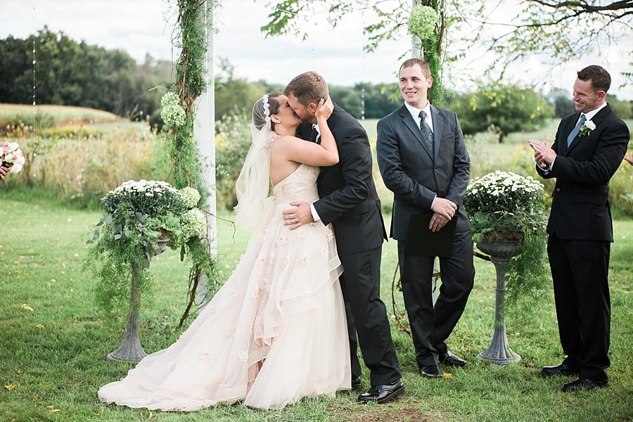 Michigan_Wedding_Photographer_Ann_Arbor_Arboretum_0078.jpg