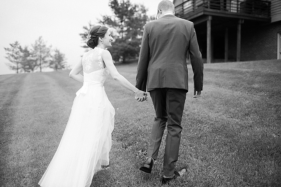 Sarah+Thomas_Wedding_Gordon_Hall_Dexter_Michigan_0252.jpg
