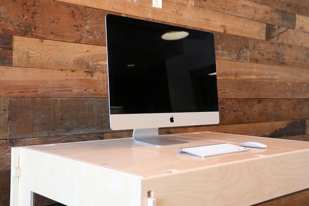 "Storage-Top Desk for Mac with 27"" iMac"