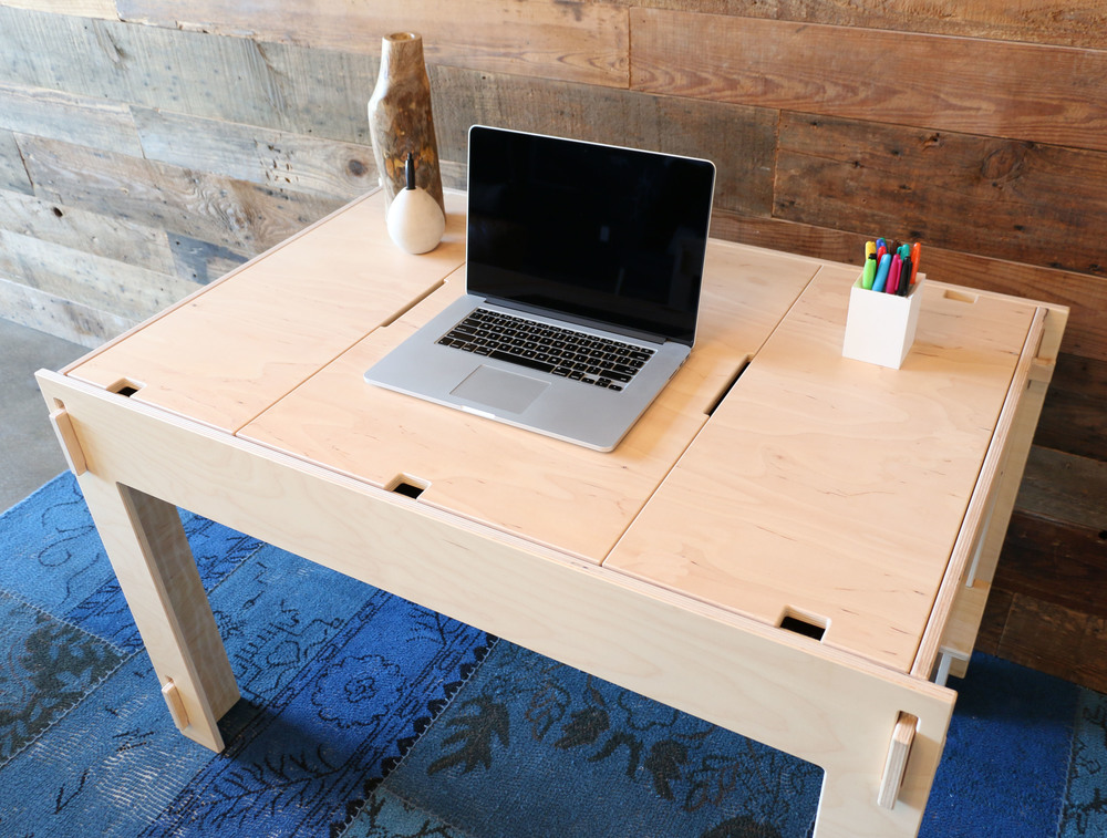 "Storage-Top Desk for Mac with 15"" MacBook Pro"