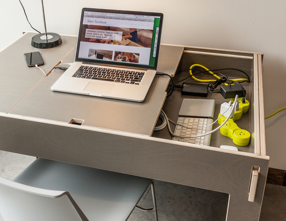 Storage-Top Desk in Quartz Gray