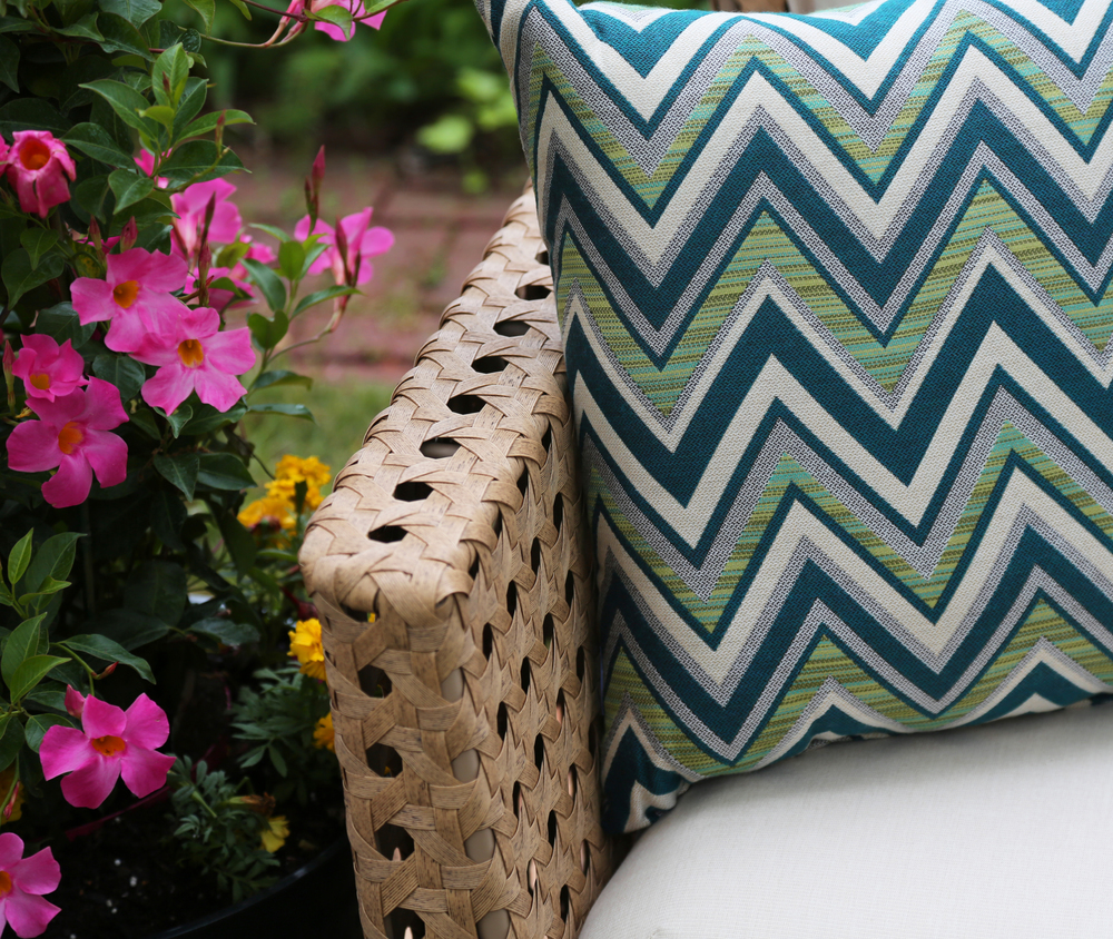 Bethany Pillow AE Outdoor