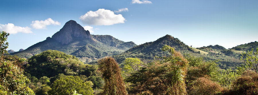 mountains_of_nicaragua_by_turbojugend-d35xgzg.jpg