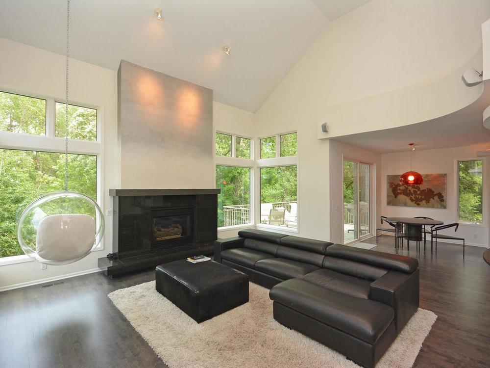 2961 Cedar Crossing Hopkins MN-MLS_Size-006-46-Living Room-1024x768-72dpi.jpg
