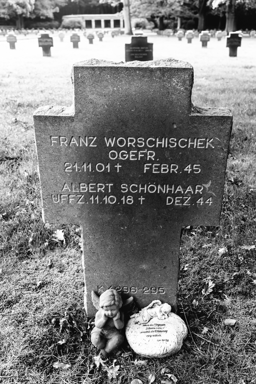 20130922 War Memorials - 0913.jpg