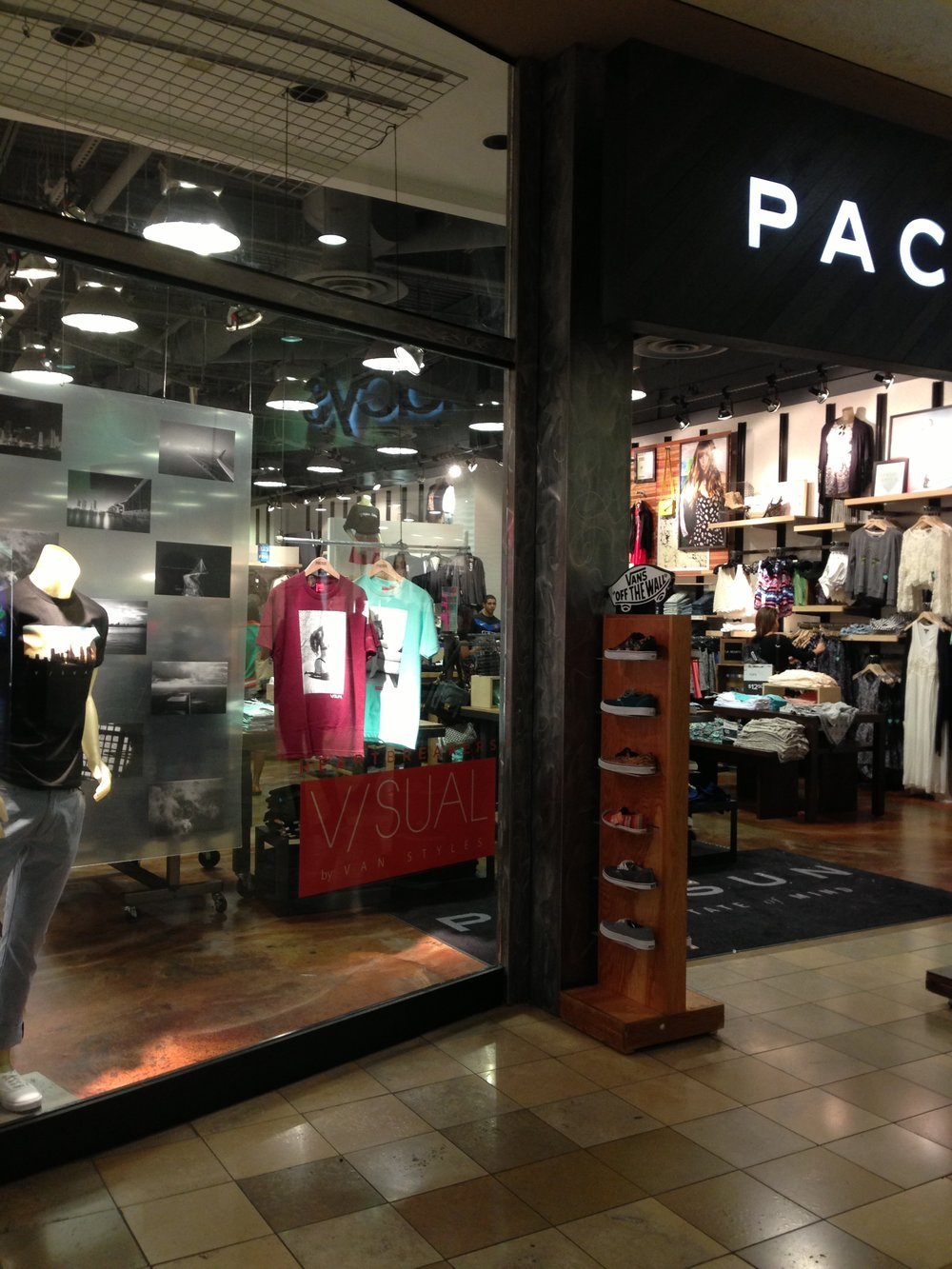pacsunwindowdisplay.JPG