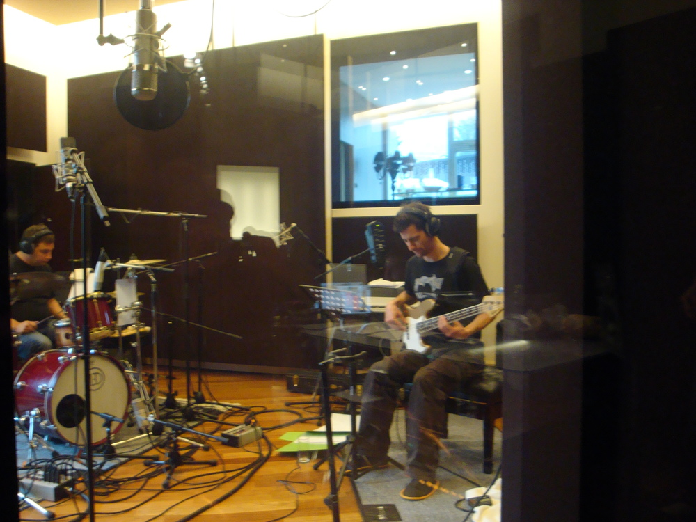 recording with louis for dominik plangger.JPG