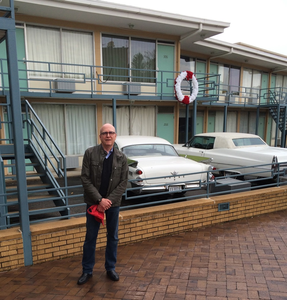 The white wreath commemorates the spot where Martin Luther King was standing when he was shot. His room, 306, and the adjacent room are intact, while the rest of the motel's interior space has been given over to the museum exhibit area. The two cars are replicas of those that were parked at the motel at the time of the shooting.