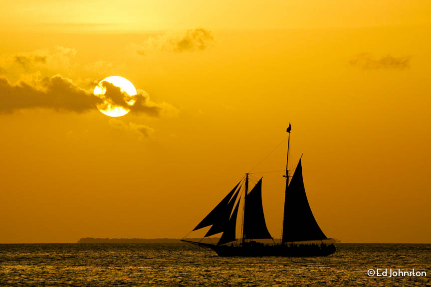 EdJohnston-Keys-Pirate-Sailboat-Sunset-9787w.jpg