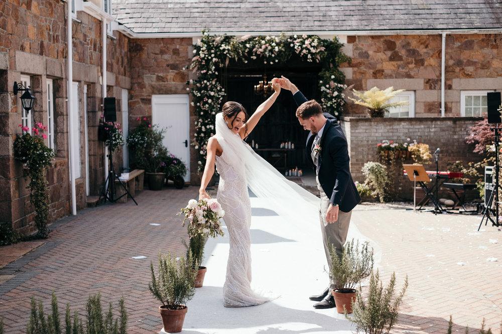 Wedding Folio 2019_0075.jpg