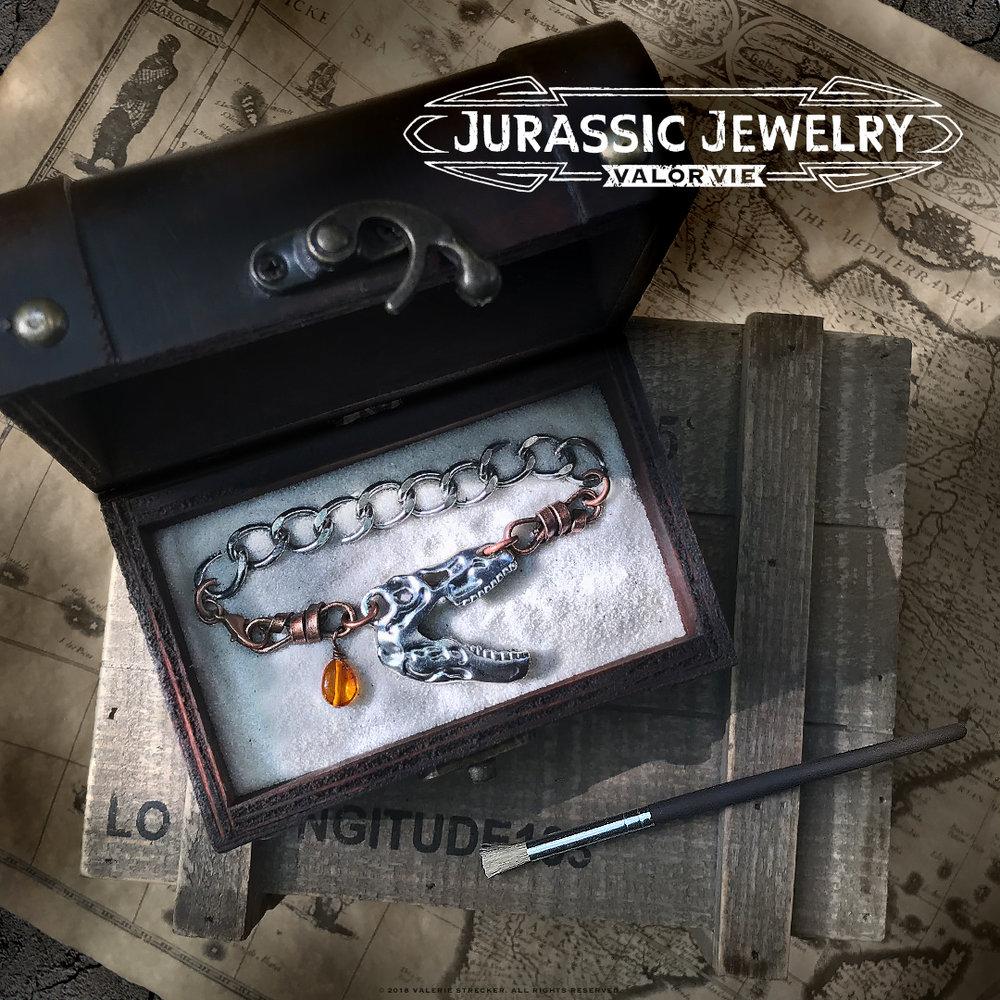 Valor Vie Jurassic Jewelry T-Rex Skull Curb Chain Bracelet 1.jpg