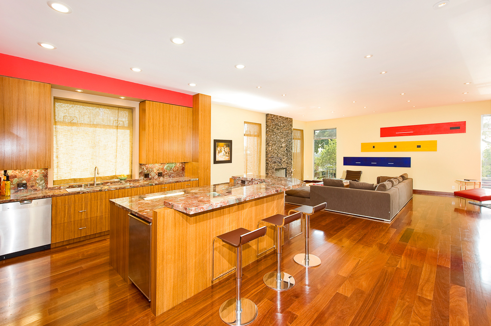 kitchenlng pro.jpg